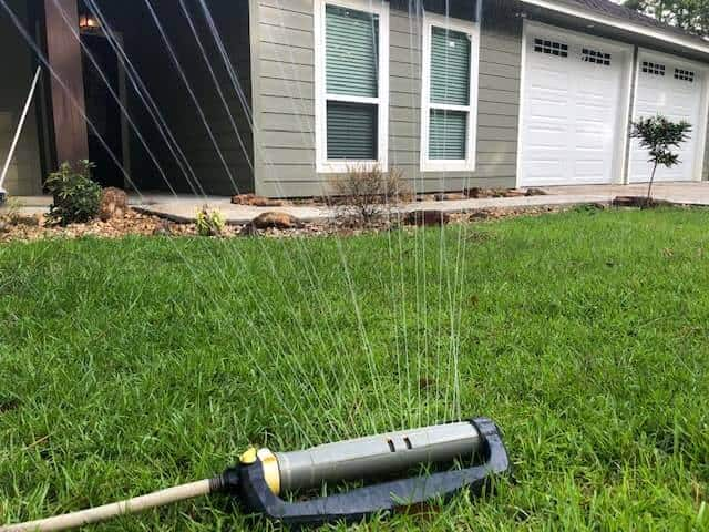 EASY DIY Automatic Watering System For Flower Garden Or Lawn